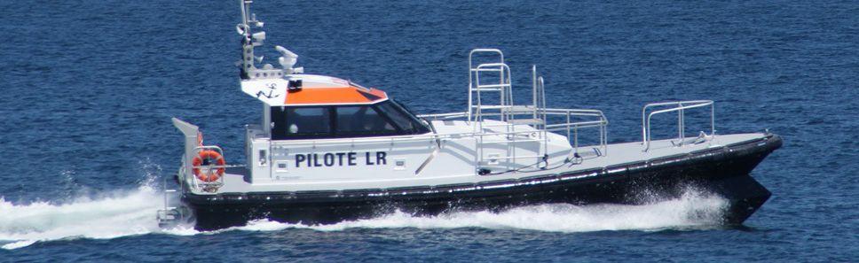 pilotines orc 136 pilotage tous temps chantiers navals. Black Bedroom Furniture Sets. Home Design Ideas